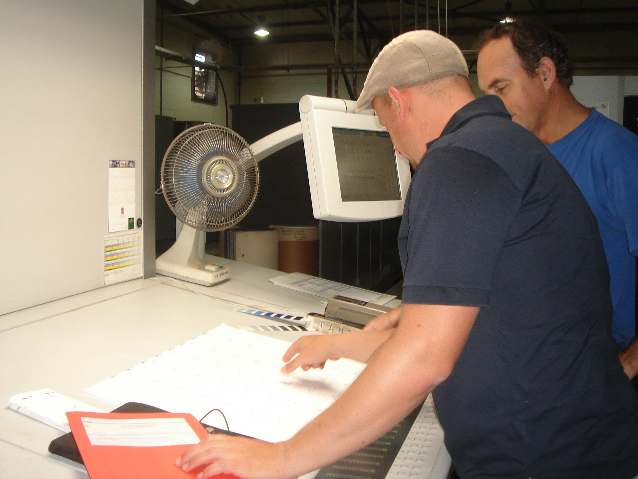 Lindt & Sprüngli - persönliche Druck-Kontrolle beim Drucker